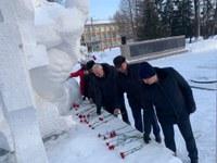 Руководители Красноармейского района почтили память героев